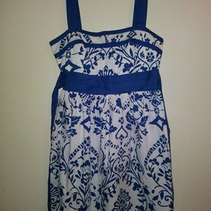 Junior's blue and white print dress
